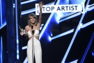 Taylor Swift accepts the award for top artist at the Billboard Music Awards at the MGM Grand Garden Arena on Sunday, May 17, 2015, in Las Vegas. AP