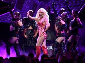 Britney Spears 'almost drowned' at Hawaii beach